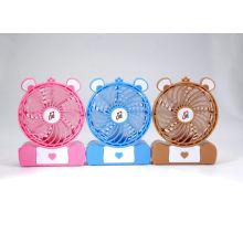 2015 4 '' DC USB wiederaufladbare Mini Fan mit verschiedenen Farben