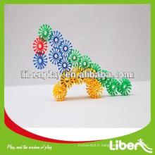Nouveaux blocs de jouets Creative Plastic Interlocking avec prix d'usine Qualité assurée Most Popular