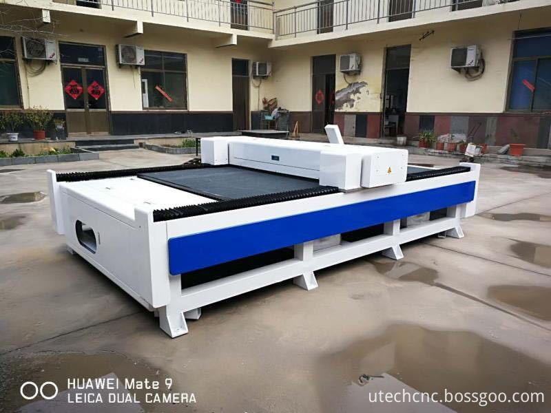flatbed laser cutter for cloth