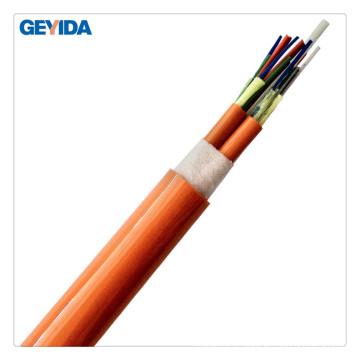 Câble à fibre optique à distribution de tampon à l'intérieur des câbles à l'aide du Data Center
