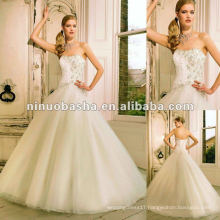 Layered Tull Skirt Scattered with Crystals Wedding Dress