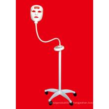 Клиника использует вертикальную светодиодную маску с 3 видами цветов