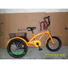 Chilren Trois Tricycles De Vélo