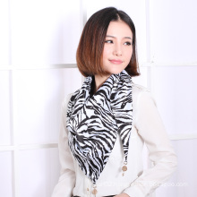 Poly Printed Triangle Scarf (12-BR280320-1.2)