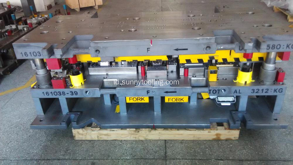 Progressive Die Cold Stamping Mould Tooling