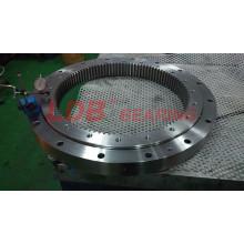 Однорядный поворотный шарикоподшипник с четырехточечным контактом и внутренним зацеплением 9I-1b36-0715-0254