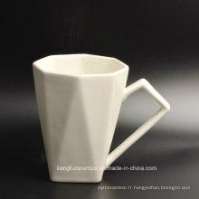 Tasse de porcelaine durable de prix bas d'utilisation de détail
