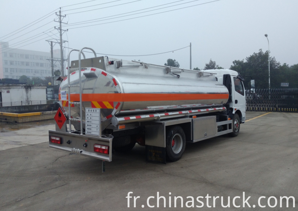 7m3 mobile fuel station truck