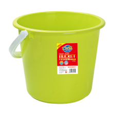 8441 Portable plastic buckets