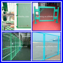 Beautiful appearance PVC or PE after galvanized frame wire mesh fence for sale