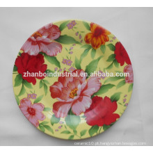 Jantares redondos com decalque de flores
