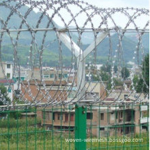 Hot Dipped Galvanized Airport Safety Razor Barbed Wire Fence ​for Cottage And Private Building