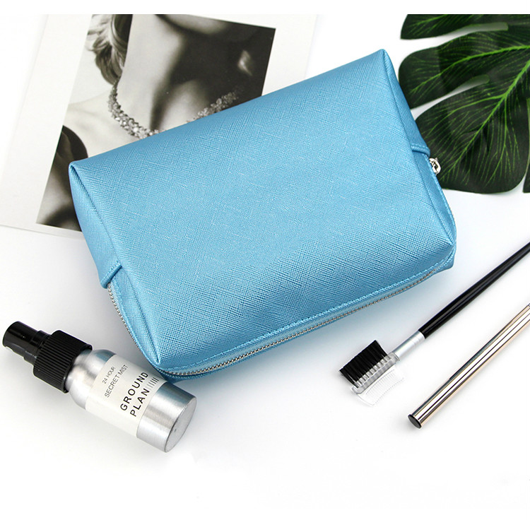 Clutch Cosmetic Bags (7)