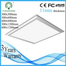 China 5 anos de garantia 300 * 300 luz de painel do diodo emissor de luz do teto de 19W