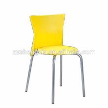 Chaise en plastique KD chaise empilable en métal