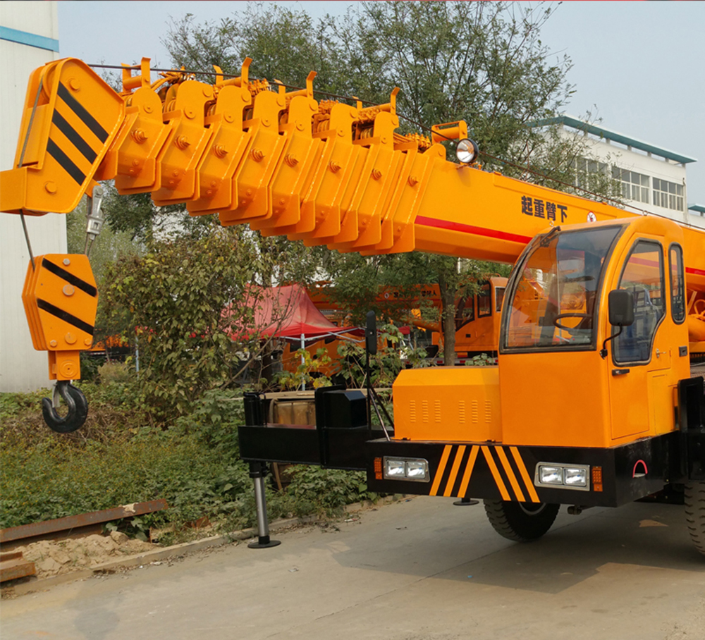 Boom Truck Factory with Best Price