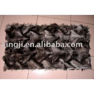 Plaque de fourrure de renard argenté