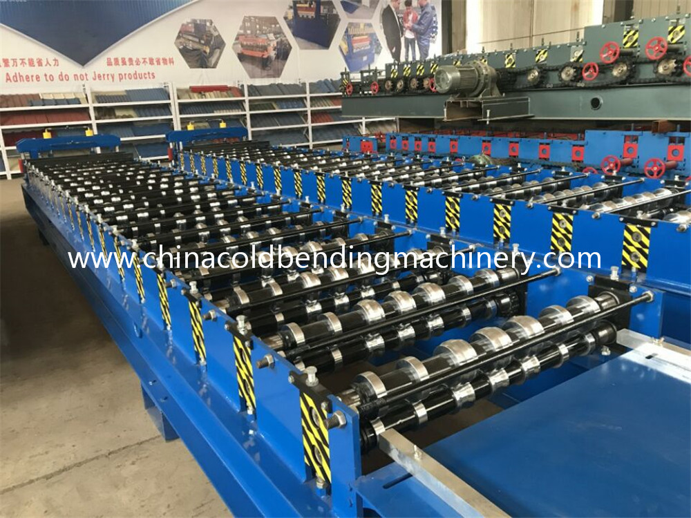 Used Metal Roof Panel Cold Roll Forming Machine For Sale