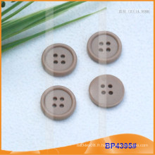 Bouton en polyester à quatre trous BP4395