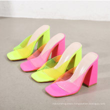 Summer Hot Style Women′s Shoes Square Toe Thick Heel Fluorescent Color Transparent Sandals