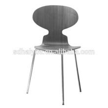 2017 Restaurant Möbel Typ grau Holz Esszimmerstuhl mit Rückenlehne und verchromten Beinen