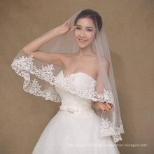Einfache Design Ein Layer Elfenbein Hochzeit Schleier