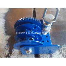 Feeding agriculture hand winch