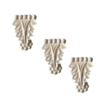 Finely engraved wood moulding