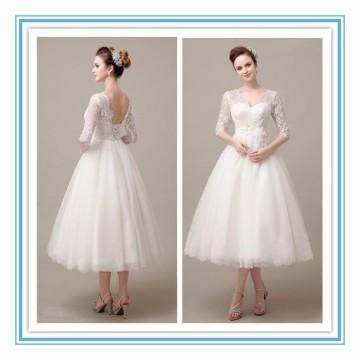 Wunderschöne V-Ausschnitt halbe Hülse Tulle Spitze Applique Tee Länge Kleid Hochzeit Strand Brautkleid 2017 (YASA-2002)