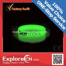 2016 Glow in dark silicon wristband bracelet with CE