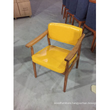Fresh Yellow Color Leather Upholstered Solid Wood Restaurant Chairs