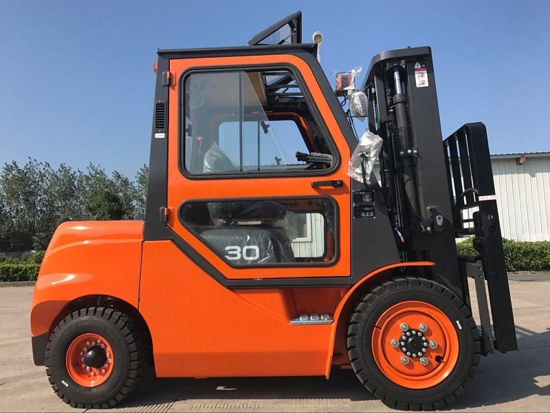3t Forklift With Cab