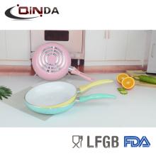 sartén de cerámica eléctrica blanca