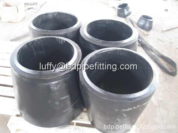 Alloy pipe fitting (248)
