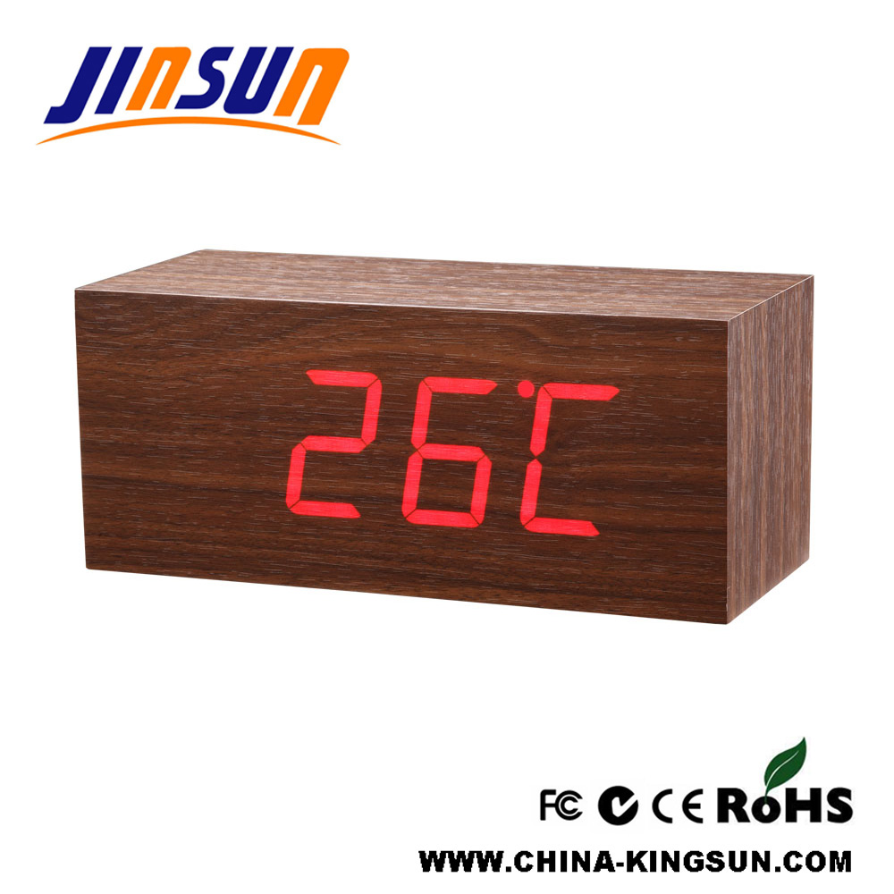 Wooden Clock With Temperature Display