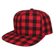 Красная клетчатая хлопковая бейсбольная кепка
