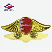 Gold enamel metal celebration Bahrain national flag pins with butterfly