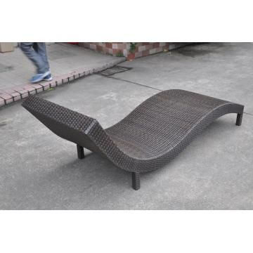 Leisure Design Outdoor Rattan Sun Lounger