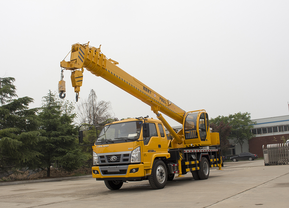 Double Winch Truck Mounted Crane