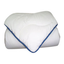 High Quality 100% Polyester Microfiber Quilts, OME Orders are WelcomeNew