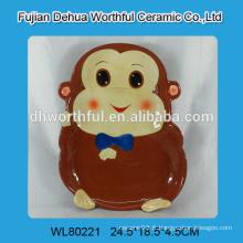 Plaque en céramique avec conception de singe