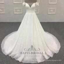 V-cou longue queue 2018 Off épaule pour les robes de mariée robes de mariée pour les filles