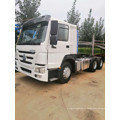 Caminhão trator HOWO 6x4 10 rodas usado