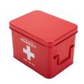 Caixa de primeiros socorros revestida de pó vermelho