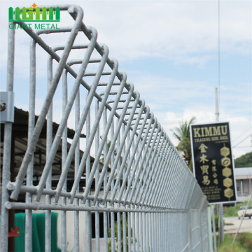 Used+Galvanized+Steel+Roll+Top+Fence+Panels