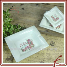 Hot Rose Design Cheap Ceramic Porcelain Personalized Portable Cigarette Ashtray