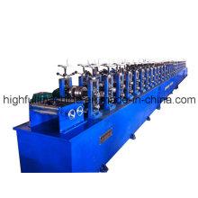 Machine de formage de rouleaux d'armoires électriques