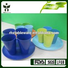 Tasses colorées en bambou ovales