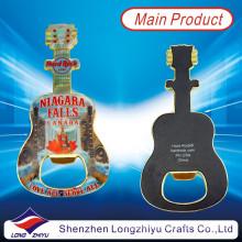 Abrebotellas de encargo magnéticos suaves de la guitarra Abrebotellas de epoxy frescos de la guitarra