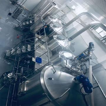 Equipo de elaboración de cerveza artesanal de acero inoxidable.